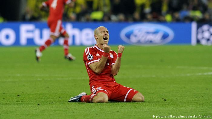 After the drama of 1999, Bayern needed two years to rehab by winning the title. This time, it only took one season. A year after losing at home to Chelsea, Bayern reach their third final in four years. Their opponent? Borussia Dortmund. Robben, the villian of the previous year, scored the winner in the 89th minute to secure a 2-1 victory.