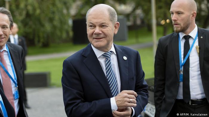 Olaf Scholz auf dem Eurogruppen Finanzministertreffen in Helsinki
