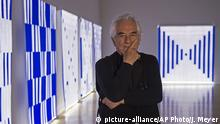 Konzeptkünstler Daniel Buren (picture-alliance/AP Photo/J. Meyer)