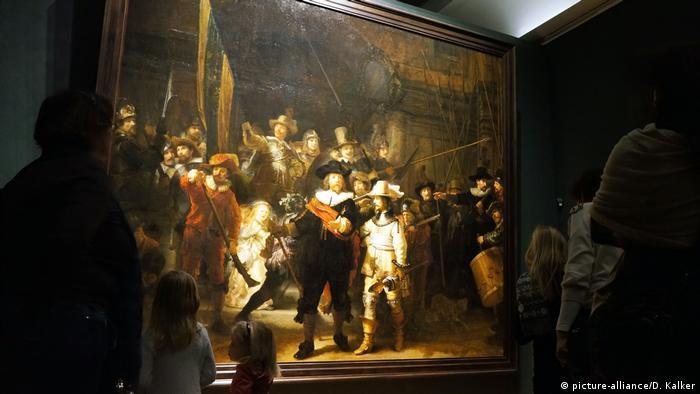 Niederlande: Die Nachtwache (Rembrandt) - Goldenes Zeitalter (picture-alliance/D. Kalker)