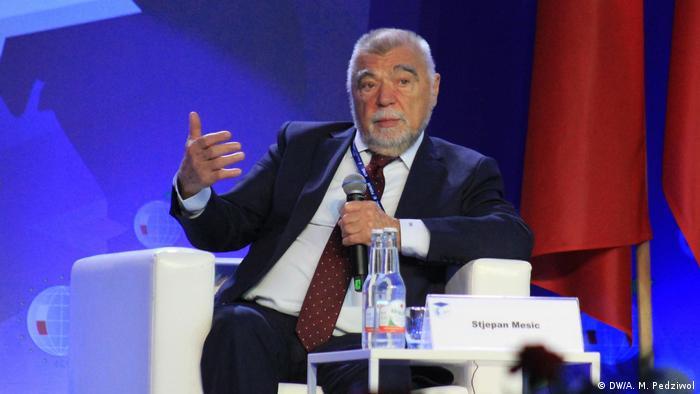 Kolega iz DW redakcije na poljskom intervju sa Mesićem uradio je na marginama Ekonomskog foruma u Krinjici u Poljskoj koji je održan početkom septembra 2019.