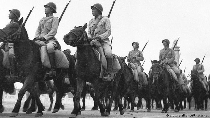 Bildergalerie China Militärparade zum Nationalfeiertag 1949 (picture-alliance/Photoshot)