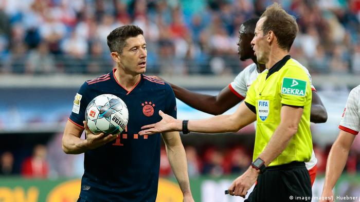 Bundesliga: Bayern Munich held in Leipzig