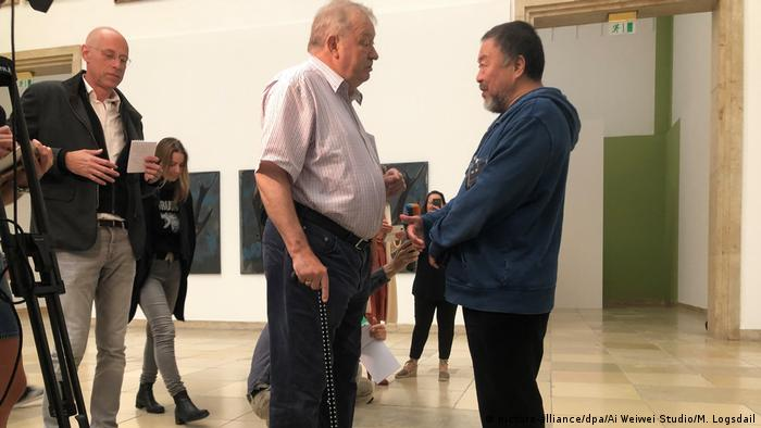 Munich gallery protest did not end in eviction, Ai Weiwei asserts