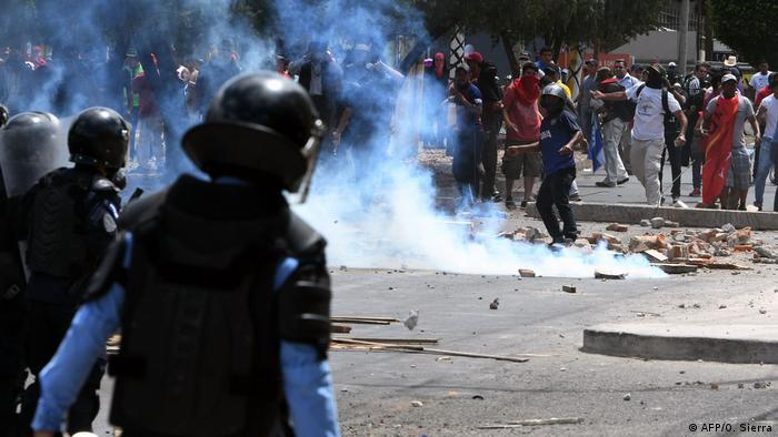 Honduras Unabhängigkeitstag Proteste Ausschreitungen (AFP/O. Sierra)