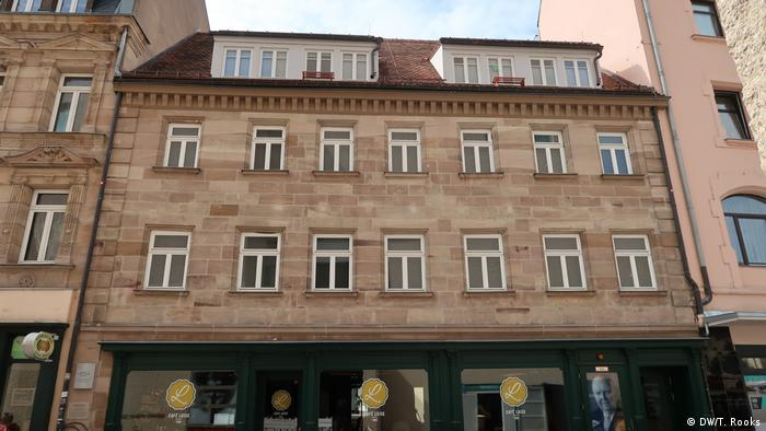 The building where Ludwig Erhard was born and where his parents had a large shop is now part of the Ludwig Erhard Center