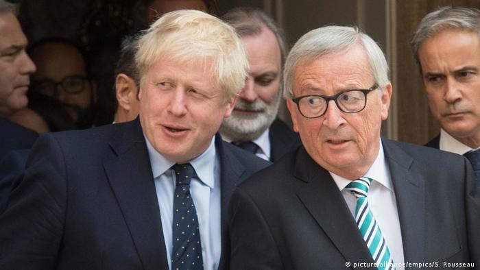 Luxemburg UK-Brexit | EU-Kommissionspräsident Jean-Claude Juncker mit dem britischen Premierminister Boris Johnson