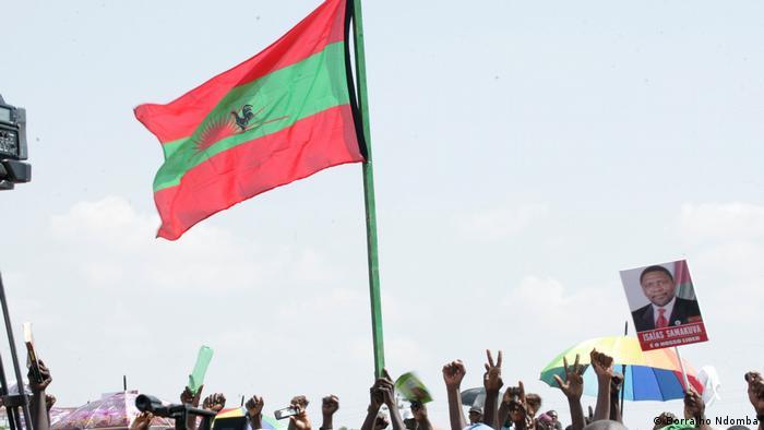 Angola UNITA-Kandidaten | Flagge von UNITA (Borralho Ndomba)