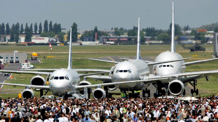 Airbus bei Luftfahrtmesse in Paris-Le Bourget