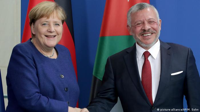 آنگلا مرکل: سیاست آلمان تنشزدایی در خلیج فارس است