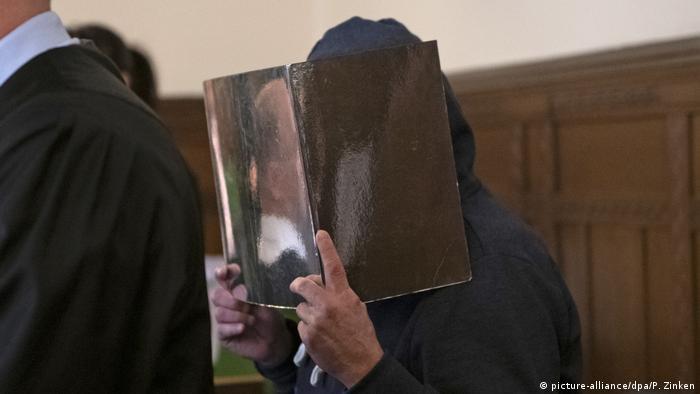 Berlin Landgericht Prozess Klaus R. wegen Tötung einer Frau 1987 (picture-alliance/dpa/P. Zinken)