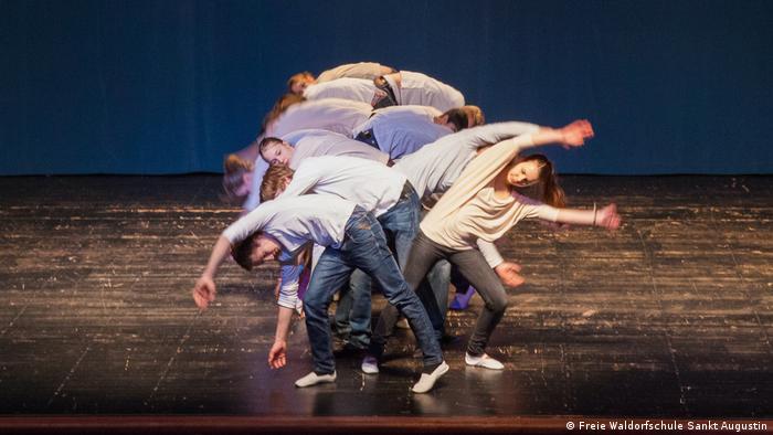 Deutschland | Eurythmie-Aufführung (Freie Waldorfschule Sankt Augustin) (Freie Waldorfschule Sankt Augustin)