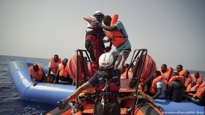 La ONG SOS Méditerranée, que opera junto con Médicos Sin Fronteras el barco humanitario Ocean Viking, pidió que la cumbre sobre inmigración prevista en La Valeta sirva para ofrecer una respuesta duradera al desembarco de migrantes. (23.09.2019).