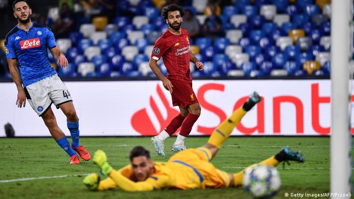 ليفربول يستهل الدفاع عن لقبه بالخسارة وبرشلونة ينجو من فخ دورتموند