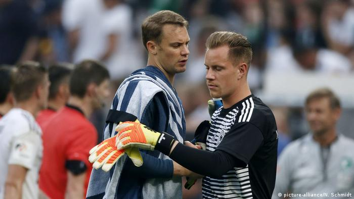 Manuel Neuer and Marc-Andre ter Stegen (picture-alliance/N. Schmidt)