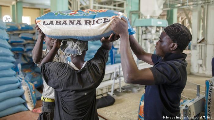 Nigeria Reis-Produktion