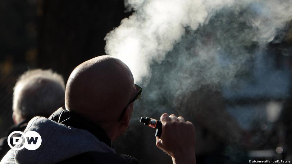 Купить электронную сигарету в европе как купить сигареты без паспорта если есть 16