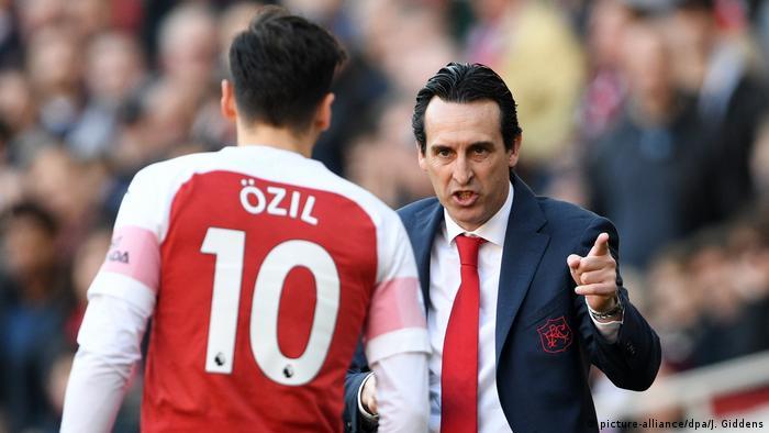 Premier League   FC Arsenal - FC Southampton   Trainer Unai Emery & Mesut Özil