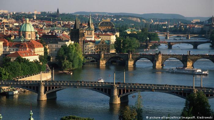 Мост через Влтаву в Праге