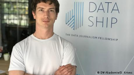 Nicolas Kayser-Bril is a data journalist currently reporting for Algorithm Watch. For the Dataship fellowship, he acts as trainer and co-project manager.