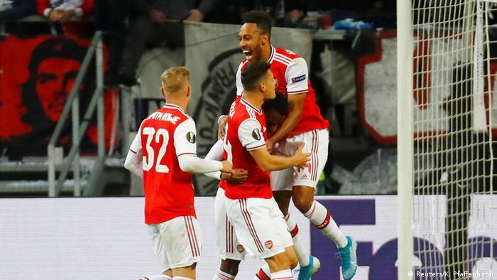 Europa League: Arsenal teach Eintracht Frankfurt a lesson