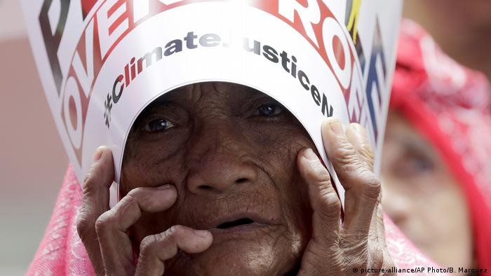 BG FFF weltweit | Philippinen | Klimastreik | Global Strike 4 Climate | Manila (picture-alliance/AP Photo/B. Marquez)
