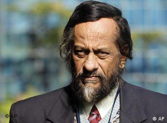 IPCC chair Rajendra Pachauri at a press conference in New Delhi