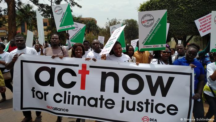 Uganda | Klimaproteste - Fridays for Future (Simone Schlindwein)