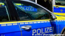 German police cars (picture-alliance/dpa/T. Plunert)