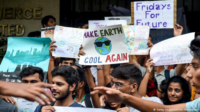 Indien Mumbai | Klimaproteste - Fridays for Future (Getty Images/AFP/I. Mukherjee)