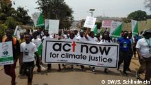 Klimaprotestmarsch in der ugandischen Hauptstadt Kampala