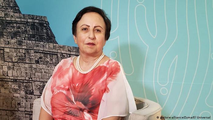 شیرین عبادی ، وکیل ایرانی دارنده جایزه نوبل صلح