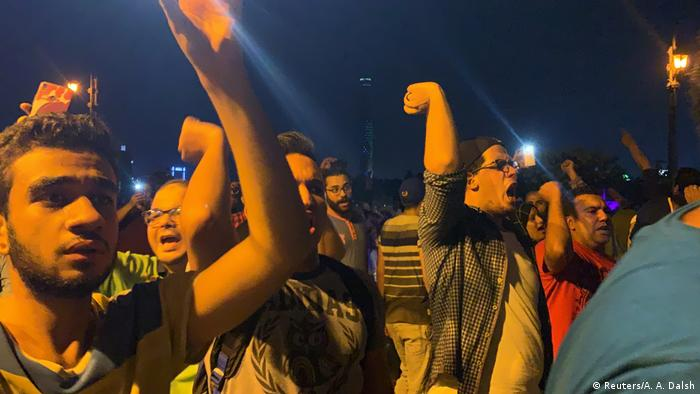 Small groups of protesters gather in central Cairo shouting anti-government slogans in Cairo, Egypt on September 21, 2019
