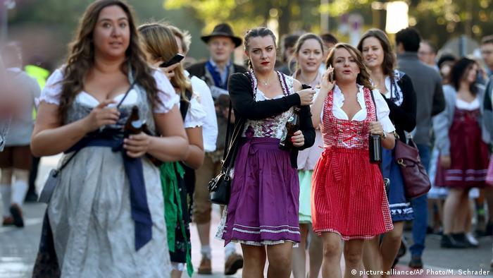 Žene na Oktoberfestu