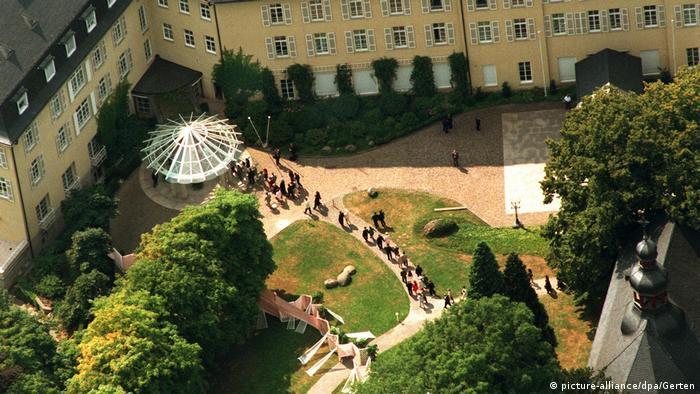 Отель Петерсберг, 1995 год