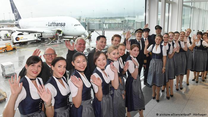 Oktoberfest 2019 - Lufthansa-Trachtencrew BdT