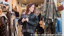 Symbolbild Frau beim Shopping