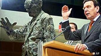 Gerhard Schröder und Willy Brandt Denkmal