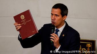EUA e alguns países europeus reconhecem Guaidó como líder da Venezuela