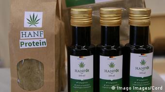 Hemp proteins and hemp oil