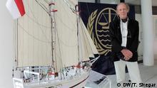 Hamburg Indonesischer Botschafter übergibt Nachbildung des Pinsi Schiffes