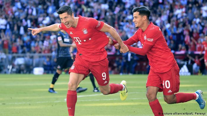 Robert Lewandowski FC Bayern Muenchen - 1.FC Koeln