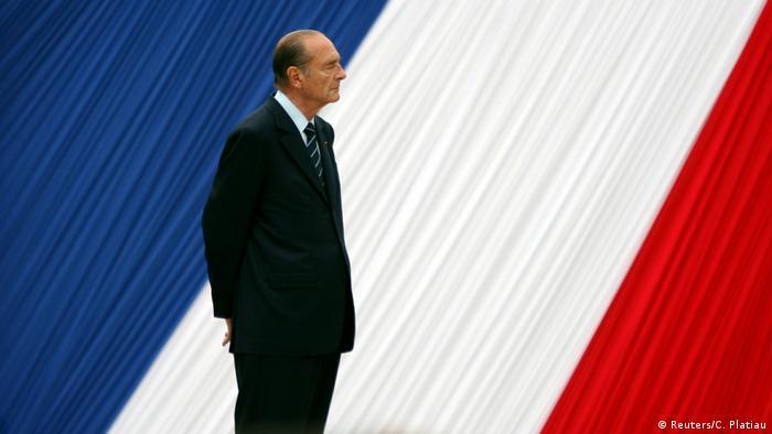 Jacques Chirac en una ceremonia en el Jardín de Luxemburgo, París. (Archivo).