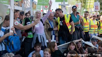 Berlin   Marsch für das Leben - Mehrere tausend fundamentalistische christliche Abtreibungsgegner protestieren
