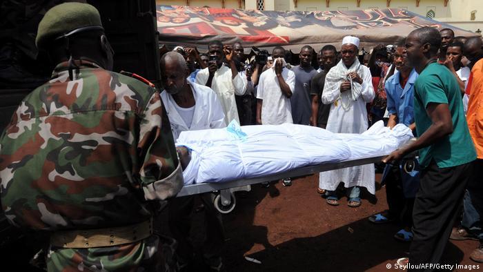 Plus de 150 personnes ont été tuées au stade de la capitale guinéenne
