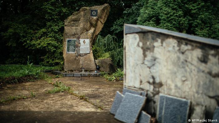 Szeparowce: pomnik pomordowanych Żydów