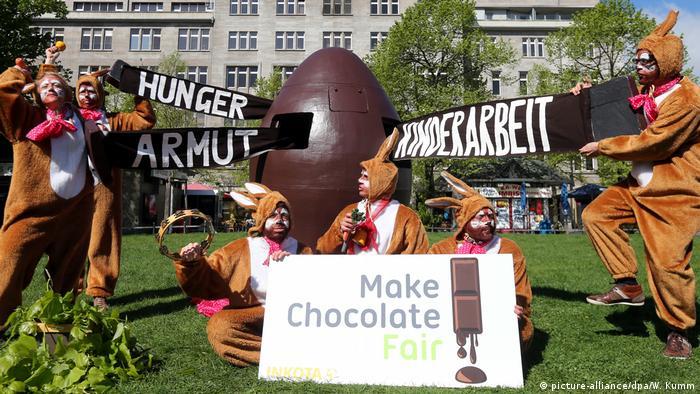 Protest gegen menschenunwürdige Bedingungen im Kakaoanbau
