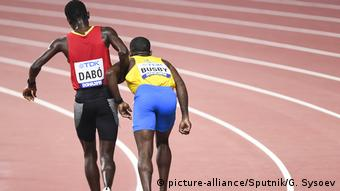 Leichtathlethik WM Doha 2019 Suncar Dabo hilft Jonathan Busby