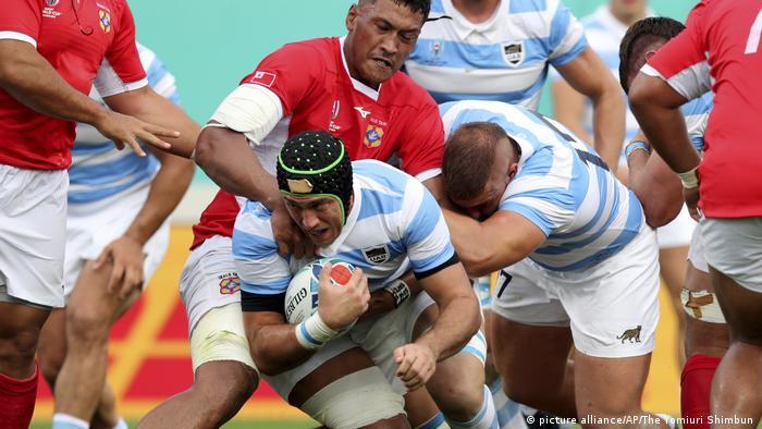 Argentina vence a Tonga y mantiene aspiraciones de ...