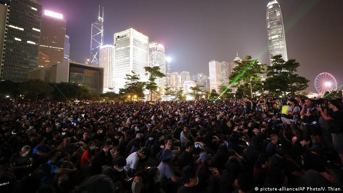 Hongkong Anti-Regierungs-Proteste im Tamar Park (picture-alliance/AP Photo/V. Thian)